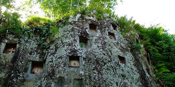 tana toraja, indonesia satu diantara 7 tempat wisata bernuansa mistis