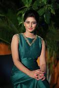 Shamili beautiful photos in green-thumbnail-19