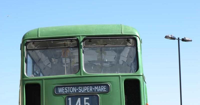 Cake Decorating Course Weston Super Mare : A2K - A Seasonal Veg Table: Seaside Days - Weston-super-Mare