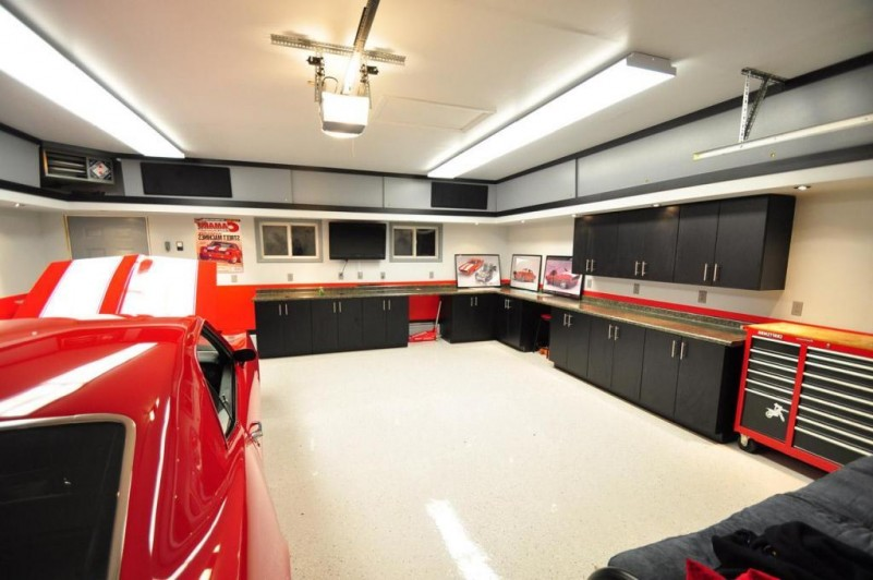 Uptown Real Estate Group Make Your Garage Spectacular