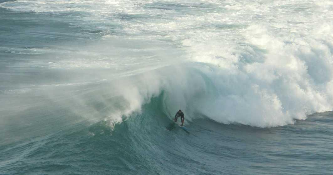 surf olas grandes menakoz 20