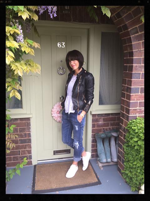 My Midlife Fashion, Zara, Mango, Boyfriend jeans, distressed denim, white trainers, biker jacket, leather jacket, border anglais