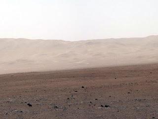 Imagem ao sul de onde pousou a sonda Curiosity em Marte