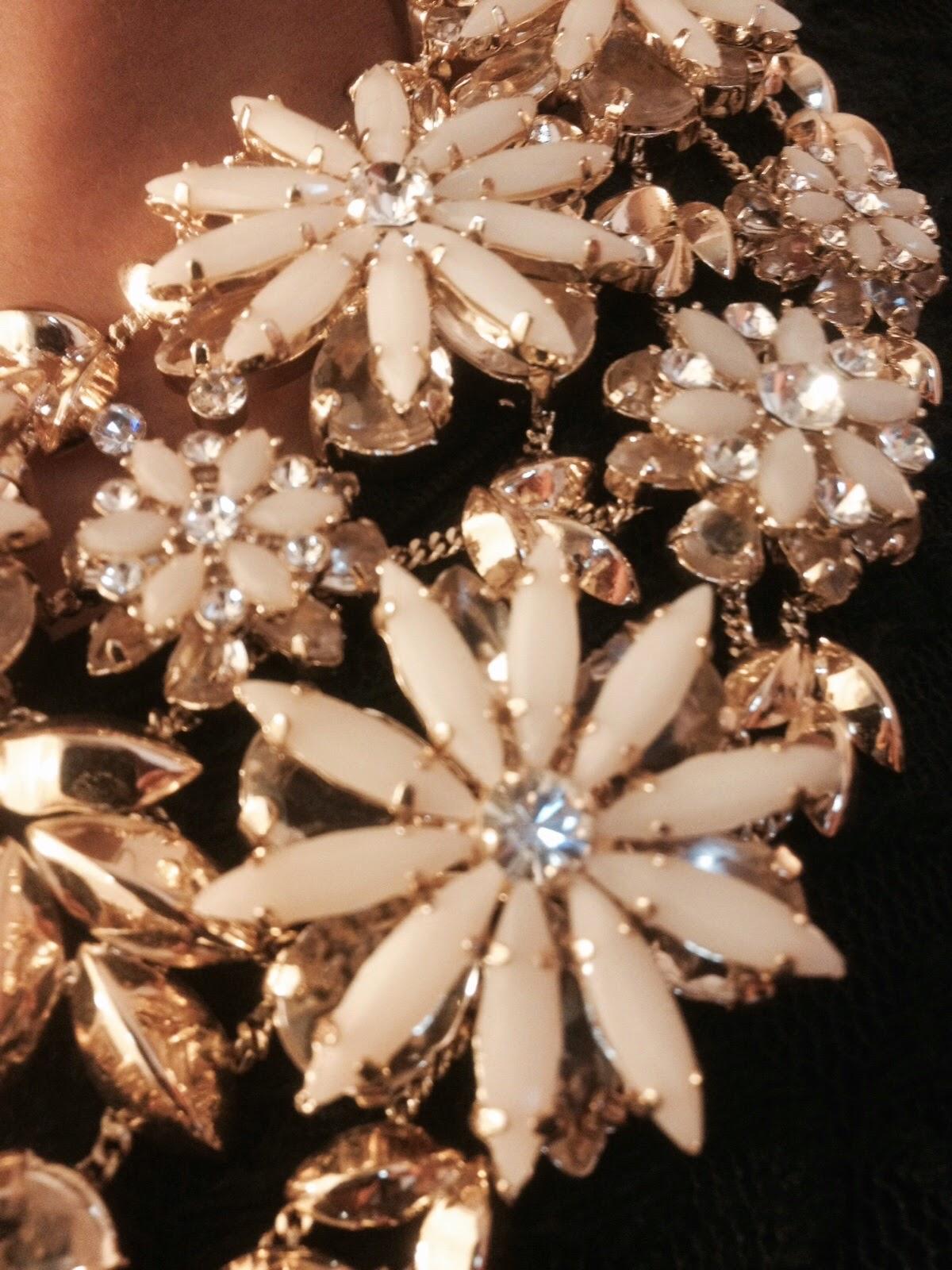 Collier fantaisie BCBG jewelry accessoires accessories mode blog metz luxembourg