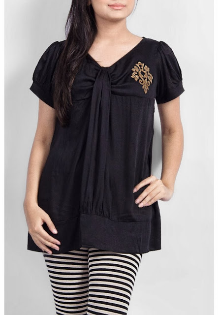 Black Blouse With Stripes Leging