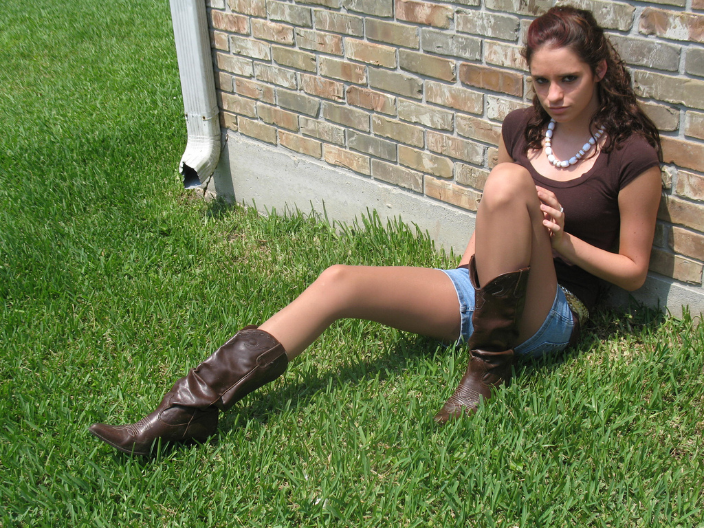 Shiny pantyhose and boots