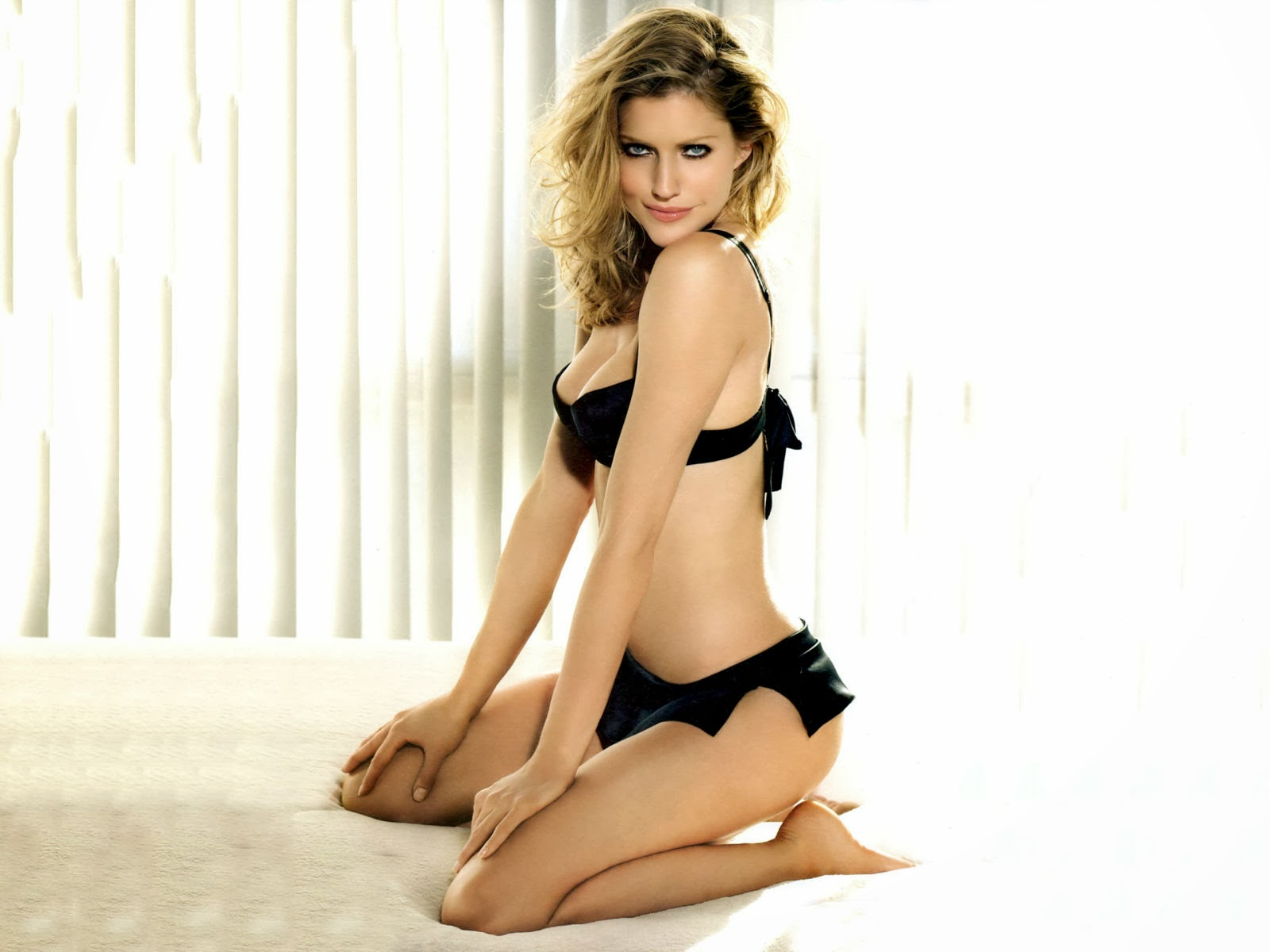 Tricia Helfer, HD Celebrities, 4k Wallpapers, Images, Backgrounds, Photos and Pictures