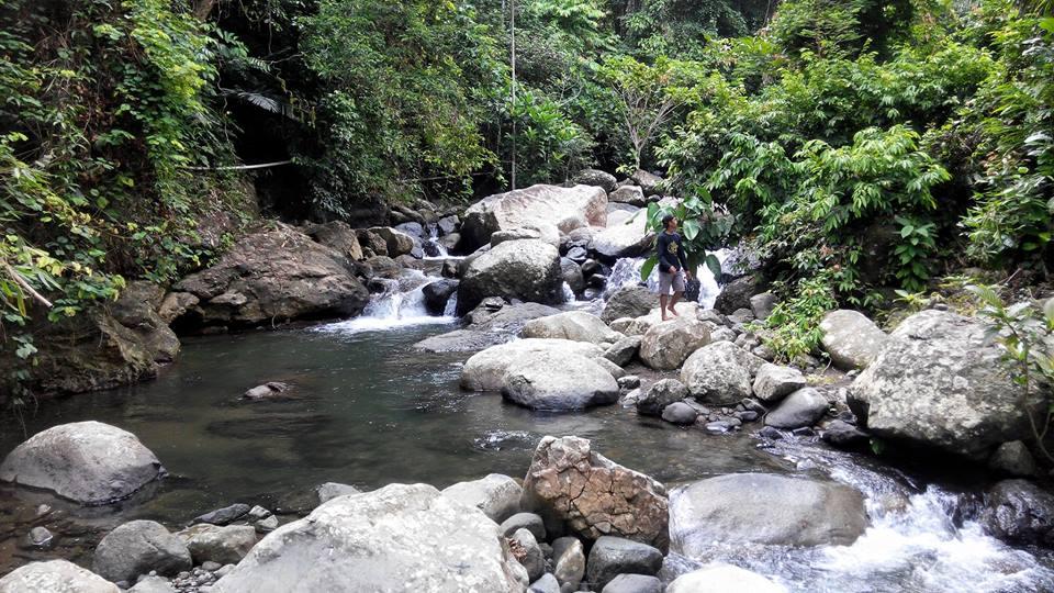 kolam kecil sungai rappoang batetangnga polman