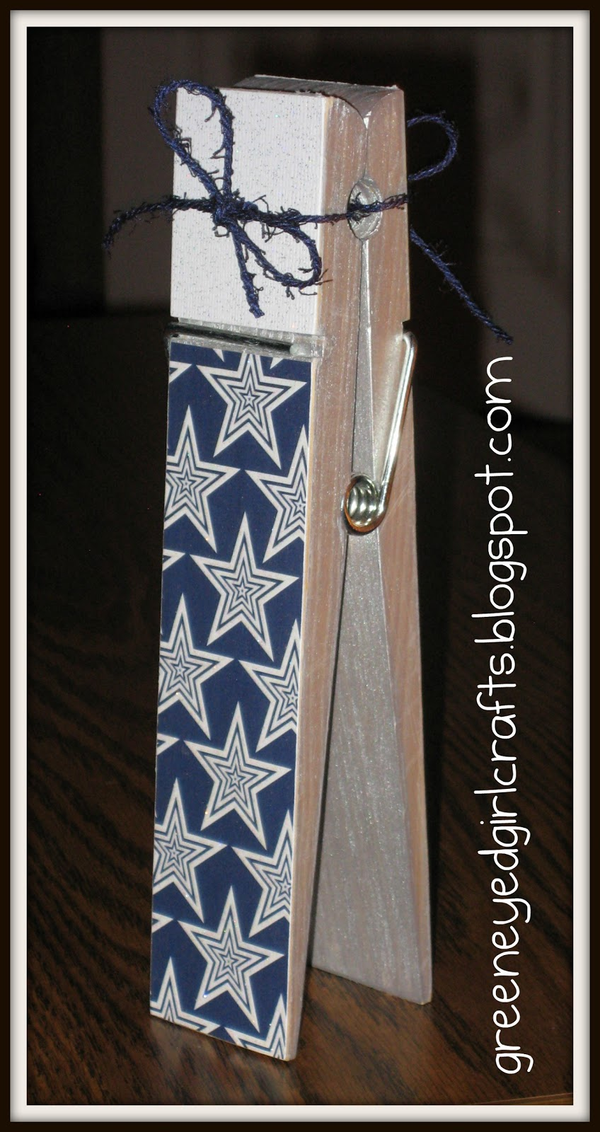 Green eyed girl crafts dallas cowboy clothes pins for Dallas cowboys arts and crafts