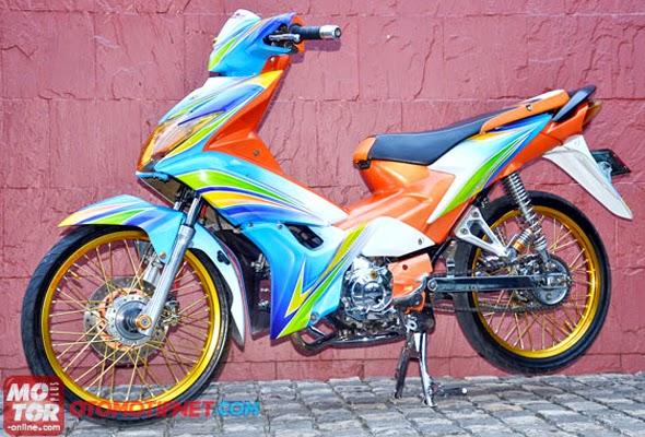 Modifikasi Motor Honda Blade Velg Jari-Jari