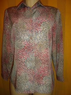 blusa  em  viscose  estampada manga 3/8 muito linda
