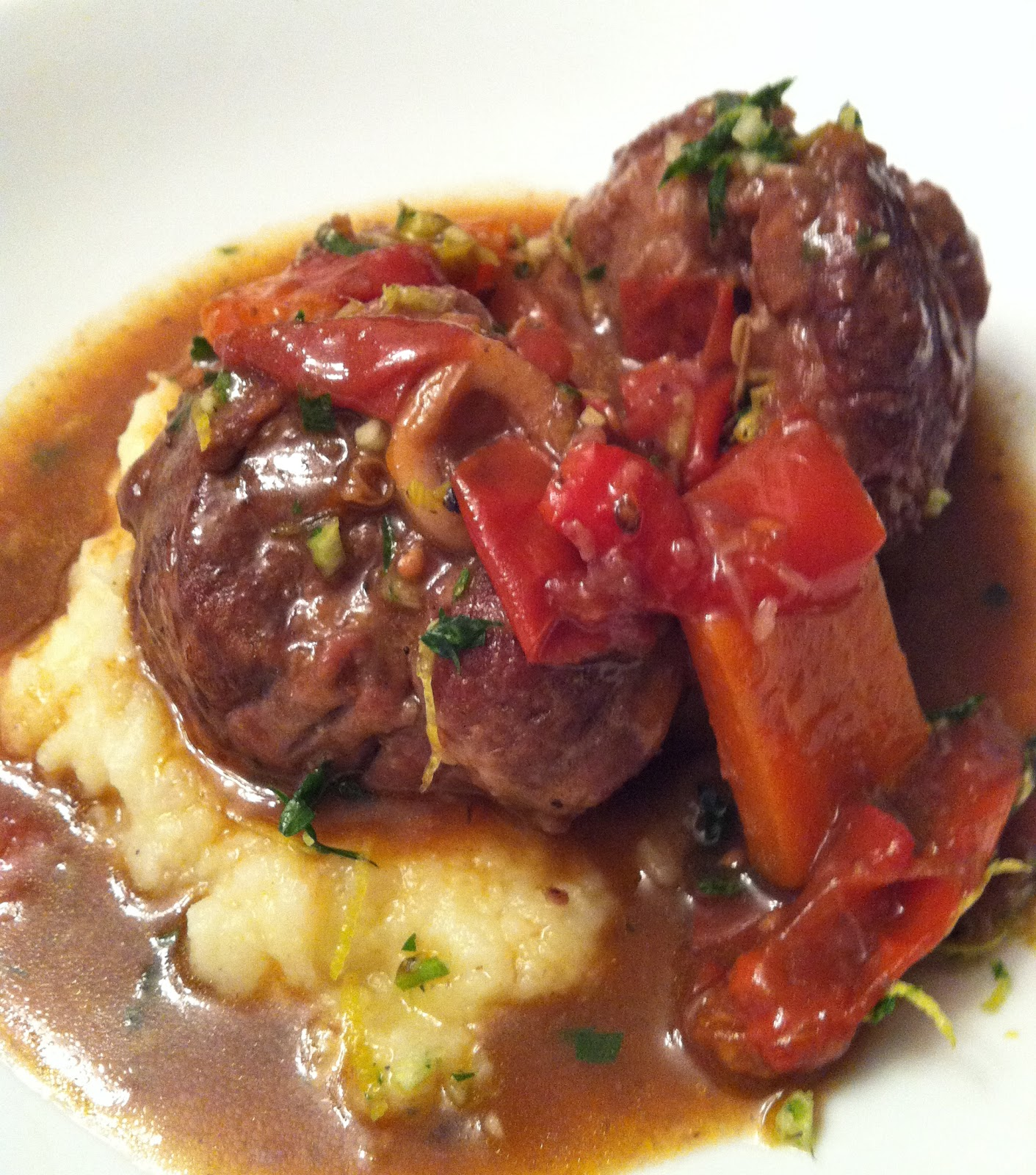 gastronomic nomad: Father's Day Veal Osso Bucco with Gremolata