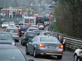 Prezzi della benzina, costi, traffico, statistica
