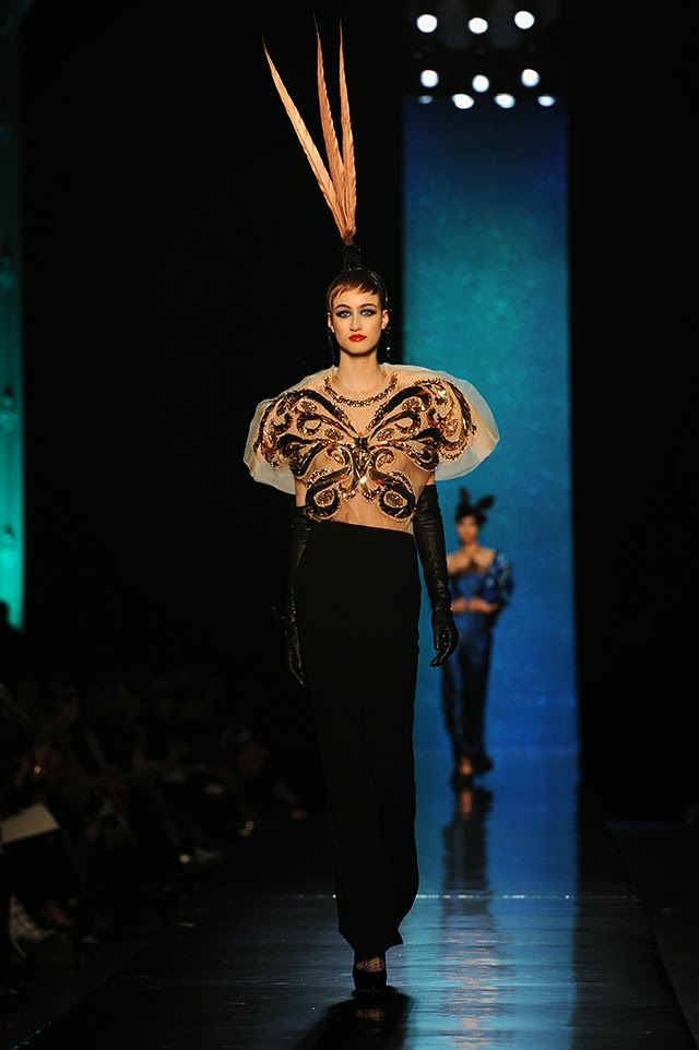 Dita Von Teese Rocks Jean Paul Gaultiers Couture Show In Paris photo 2