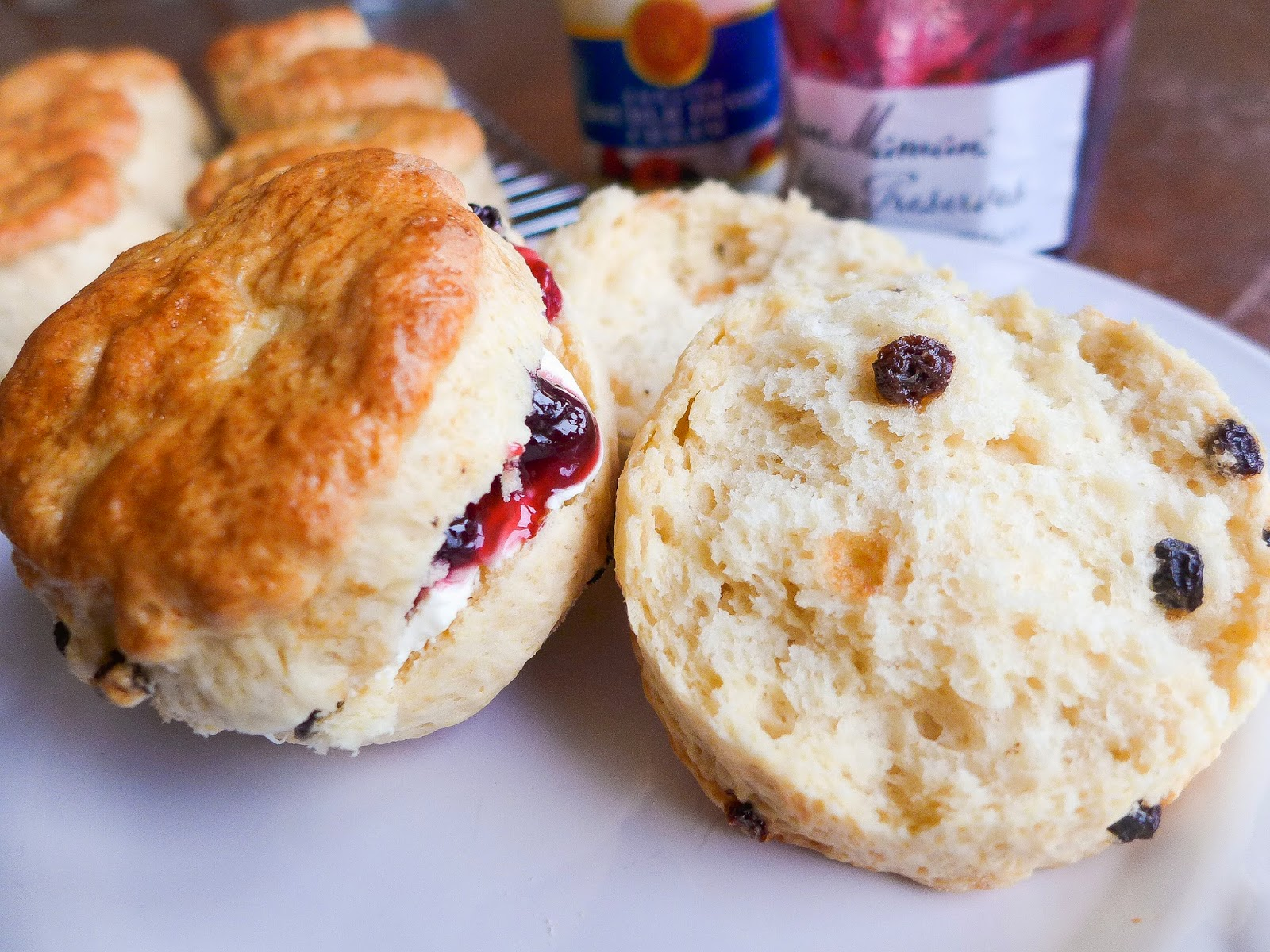 Dimples & Delights: Classic British Scones with Currants
