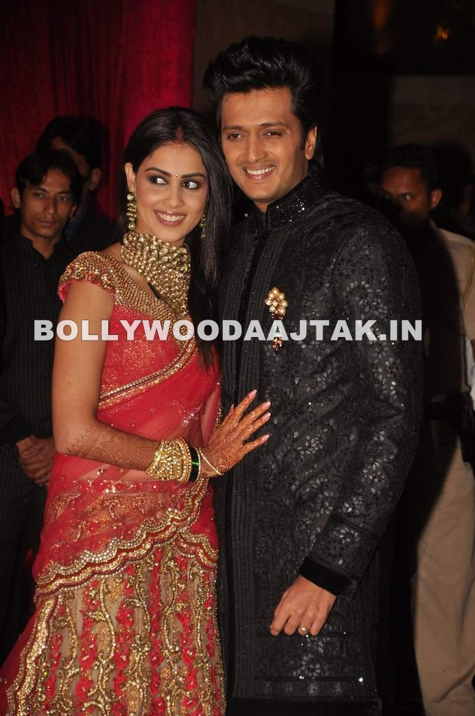 Genelia Dsouza Wedding Reception Pic1 - Riteish and Genelia D'souza Wedding Reception Images