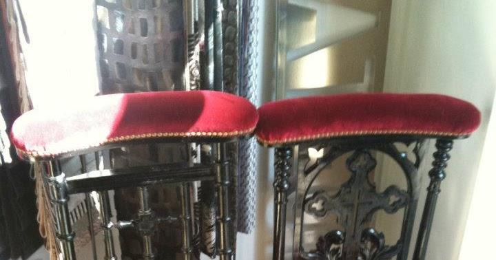 atelier anne lavit artisan tapissier d corateur 69007 lyon paire de prie dieu. Black Bedroom Furniture Sets. Home Design Ideas