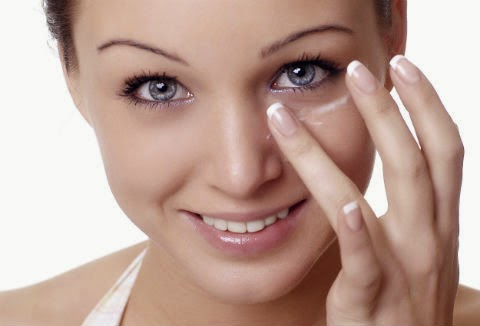 Tip to alleviate dark circles