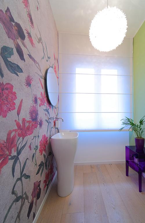 Interior relooking parquet anche in bagno - Parquet in bagno consigli ...