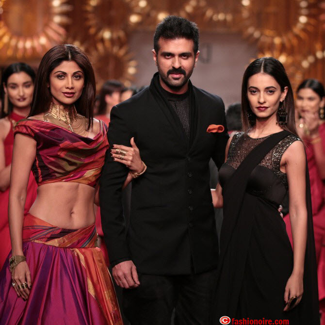 Wills Lifestyle India Fashion Week 2014 ( WIFW) -Tarun Tahiliani