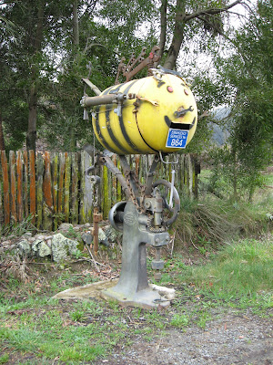 buzzy-bee, quirky, letterbox