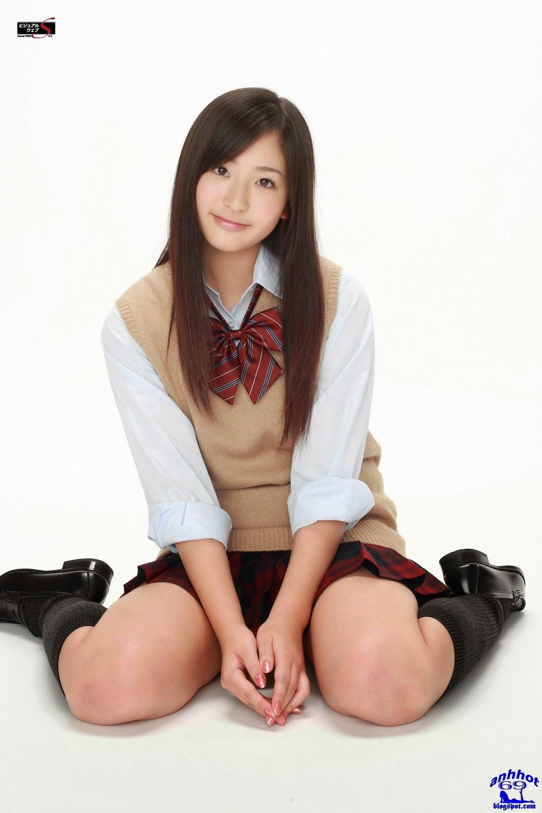 yuri-murakami-00562609