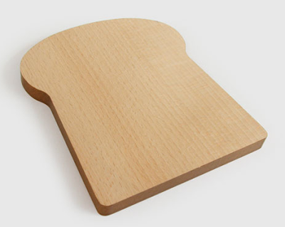 Tabla de cortar en forma de rebanada de pan la guarida geek for Tablas de madera para cocina