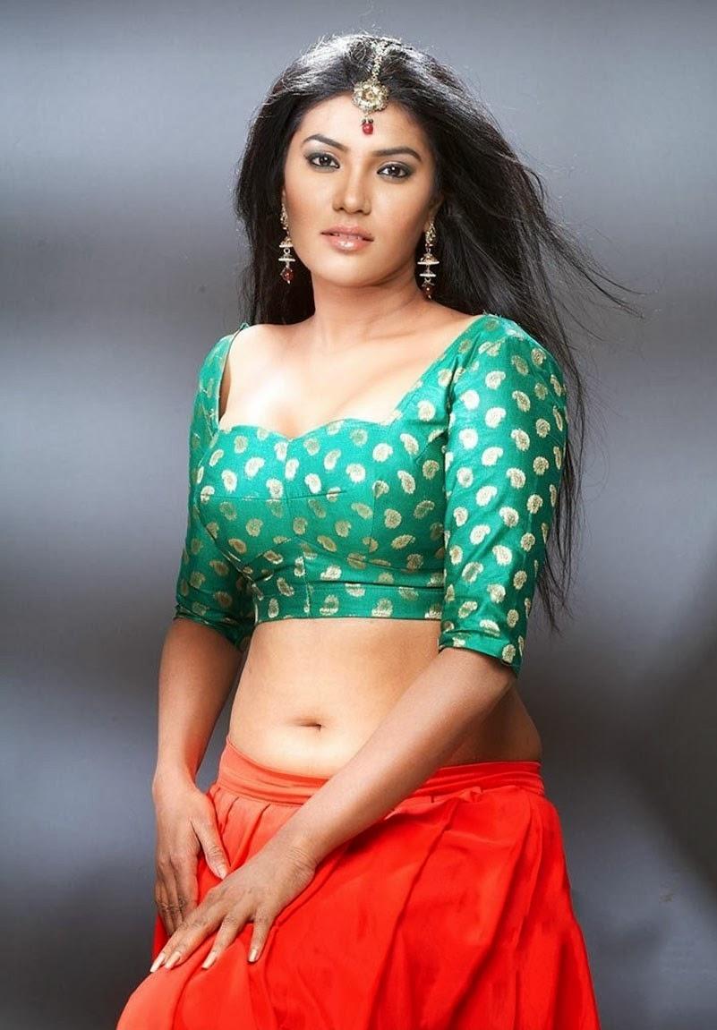 Hot and Sexy Indian Bhabhi hd wallpaper