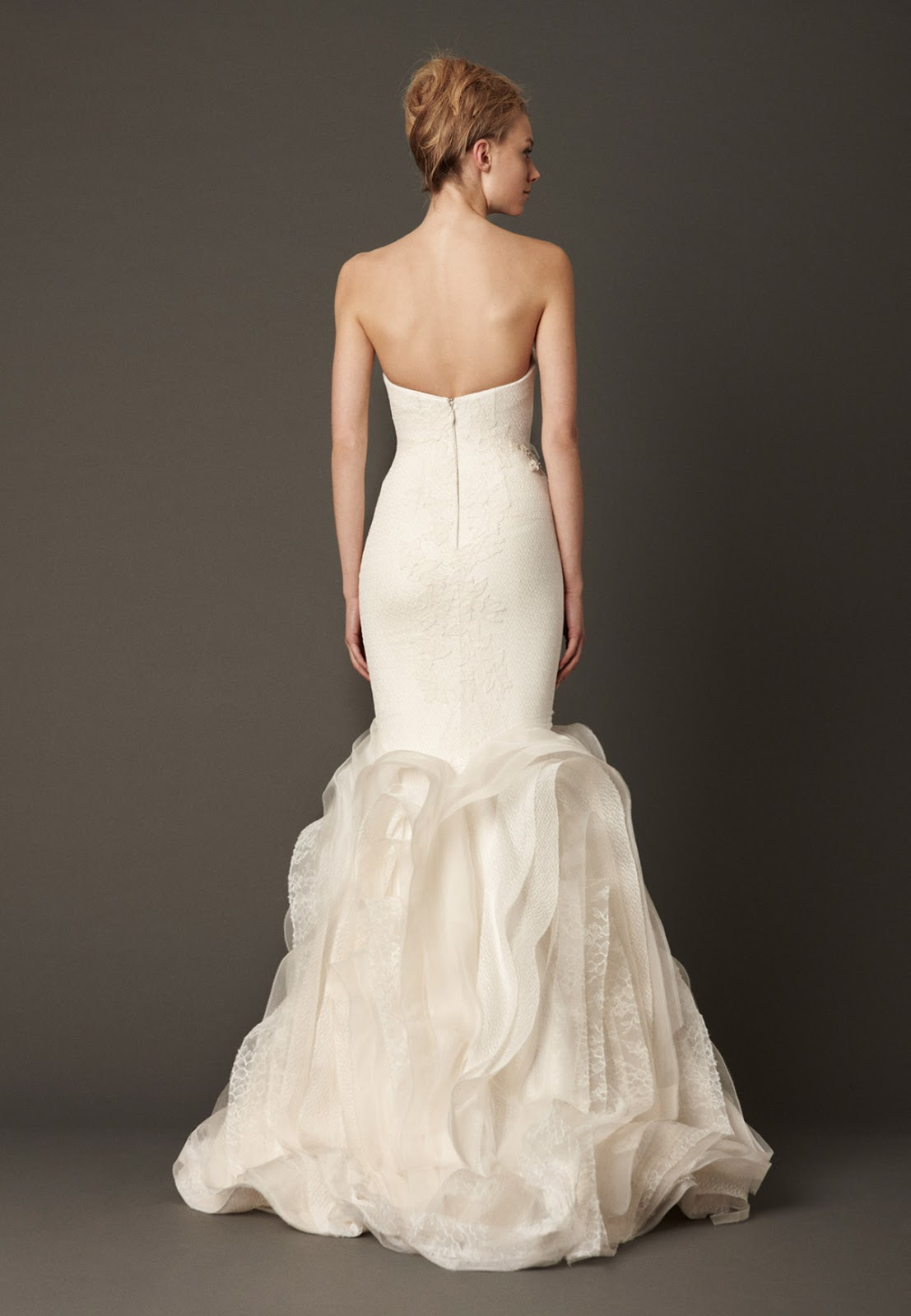 Dressybridal vera wang fall 2013 ruffled wedding gowns for Cheap vera wang wedding dress