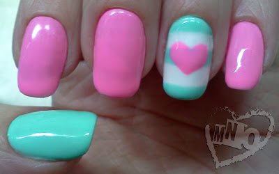 love heart striped valentine easy simple Laquee Rette nail design.jpg