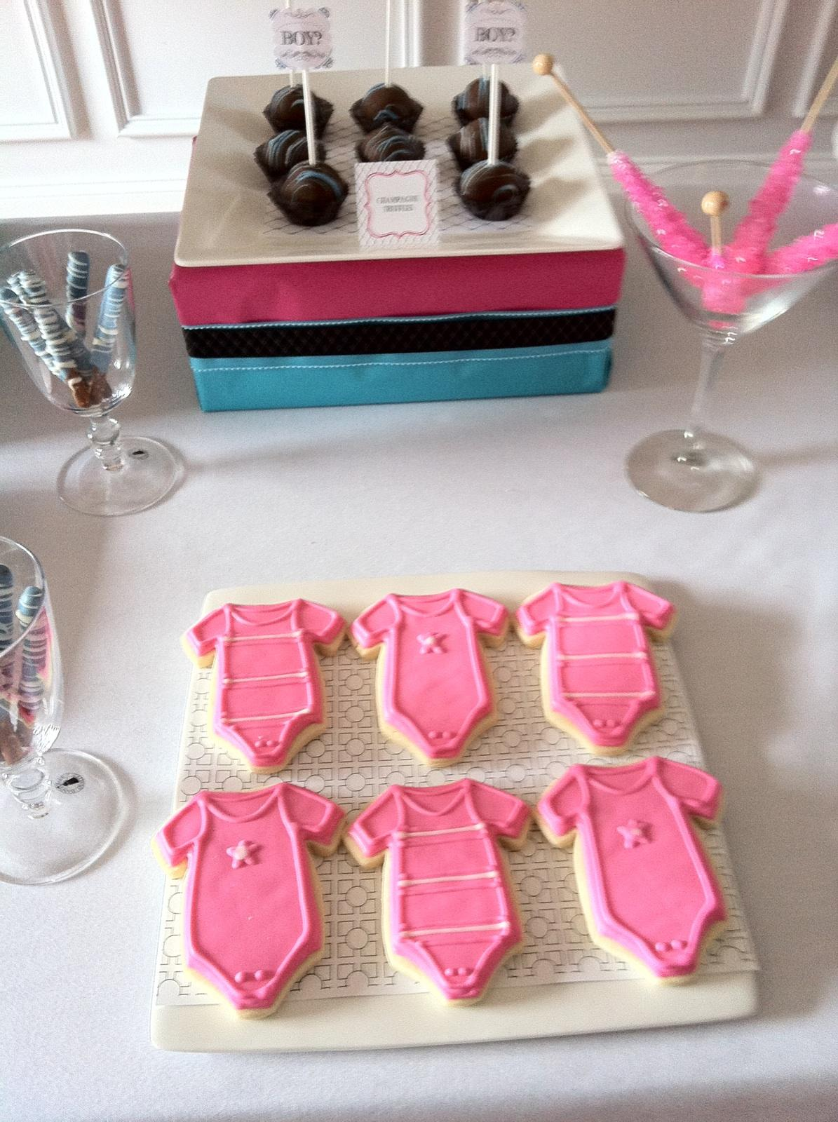 made from love: Gender Reveal Party!
