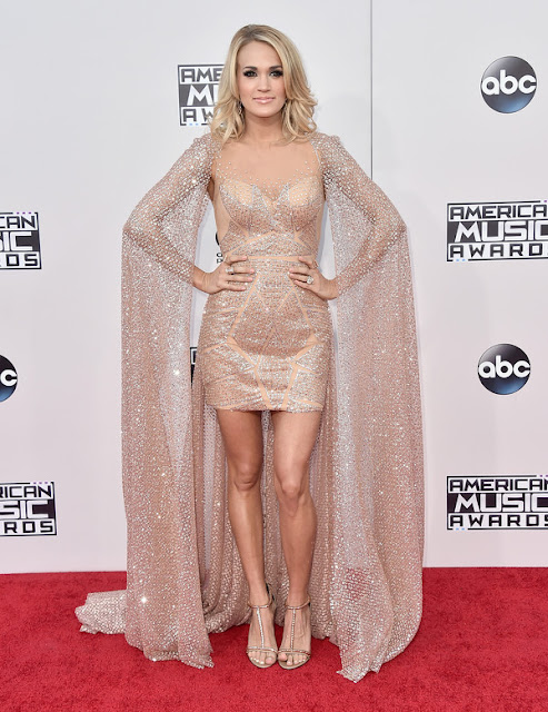 Carrie Underwood AMAs 2015