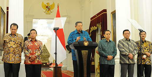 perppu Presiden SBY mencabut UU Pilkada Lewat DPRD Perppu Pilkada Langsung Oleh Rakyat Bukan Melalui DPRD