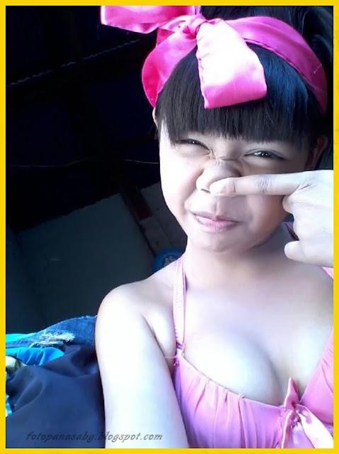 Foto Hot Gadis SMA Pamer Toket