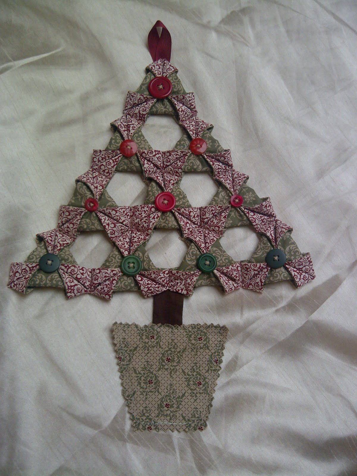 Folded fabric christmas tree - Gem Stampin Up Training With Julie S Jems Fabric Christmas