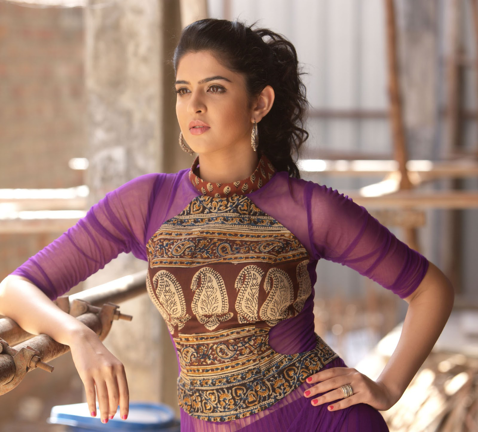 Deeksha seth Looks Gorgeous In Her Latest Photoshoot