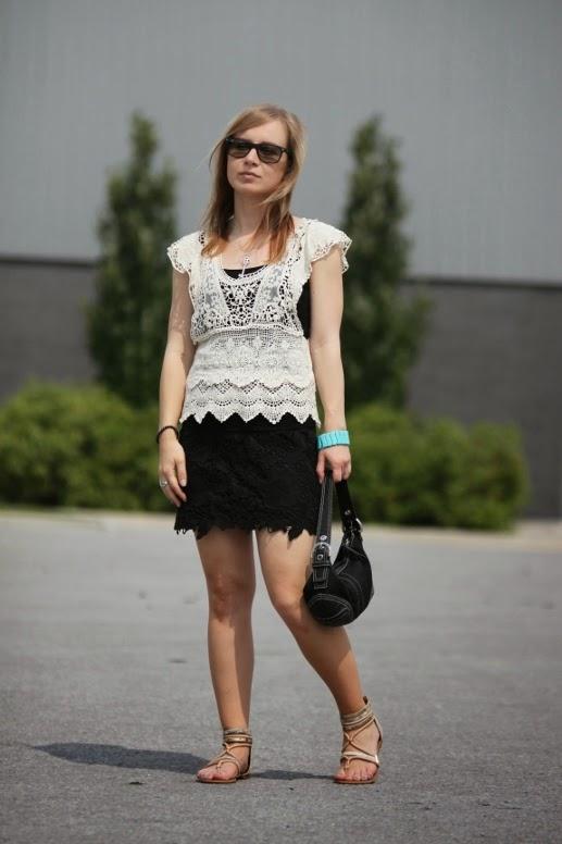 American Eagle Lace Mini Skirt