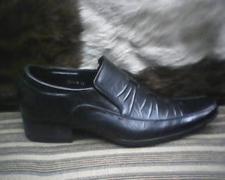 sepatu samuel calin yang murah meriah