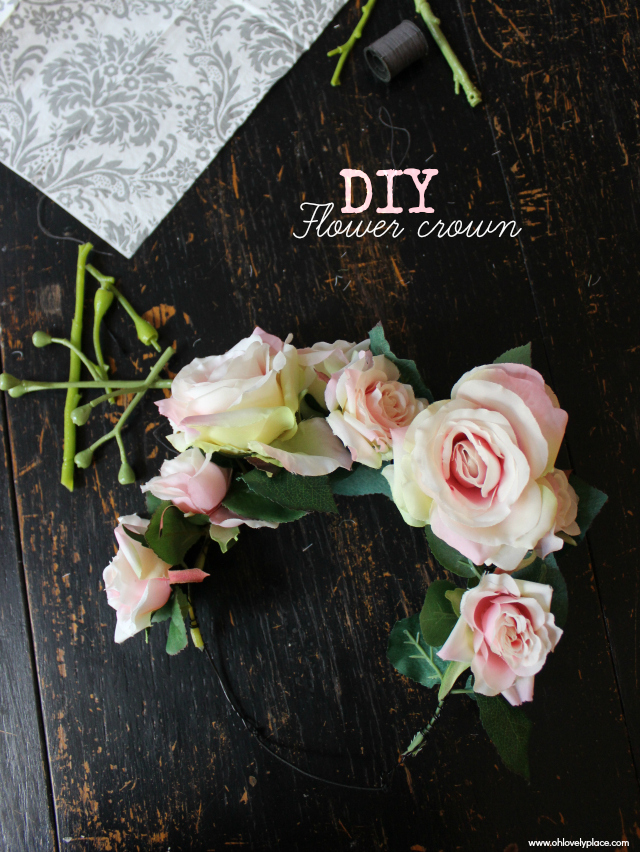 diy une couronne de fleurs ternelles oh lovely place. Black Bedroom Furniture Sets. Home Design Ideas