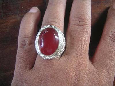 7 akibat menggunakan batu cincin bagi kesehatan