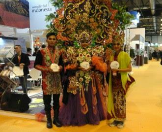 Banyuwangi Ethno Carnival di pameran wisata Madrid, Spanyol.