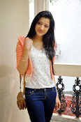 Richa Panai latest photo shoot-thumbnail-8