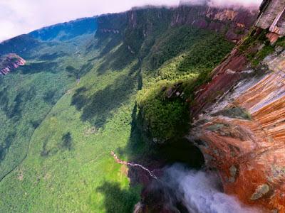 Самый высокий в мире водопад 3d