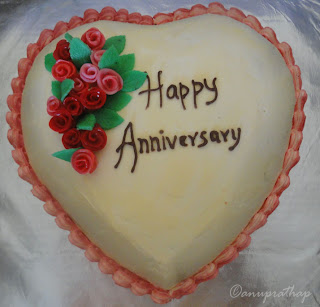 Heart Shaped Anniversary Cake Images : Anu Prathap s Kitchen: May 2012