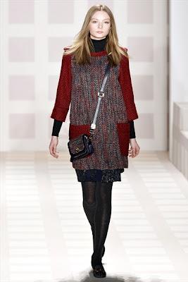 La settimana della moda new yorkese accoglie anche la nuova collezione  autunno-inverno di Tory Burch c16176ec52f
