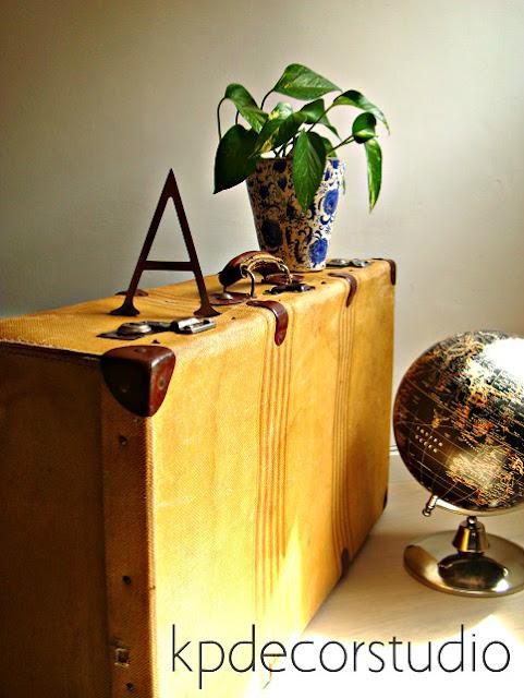 Comprar maleta antigua original y barata. Maletas vintage de segunda mano auténticas.