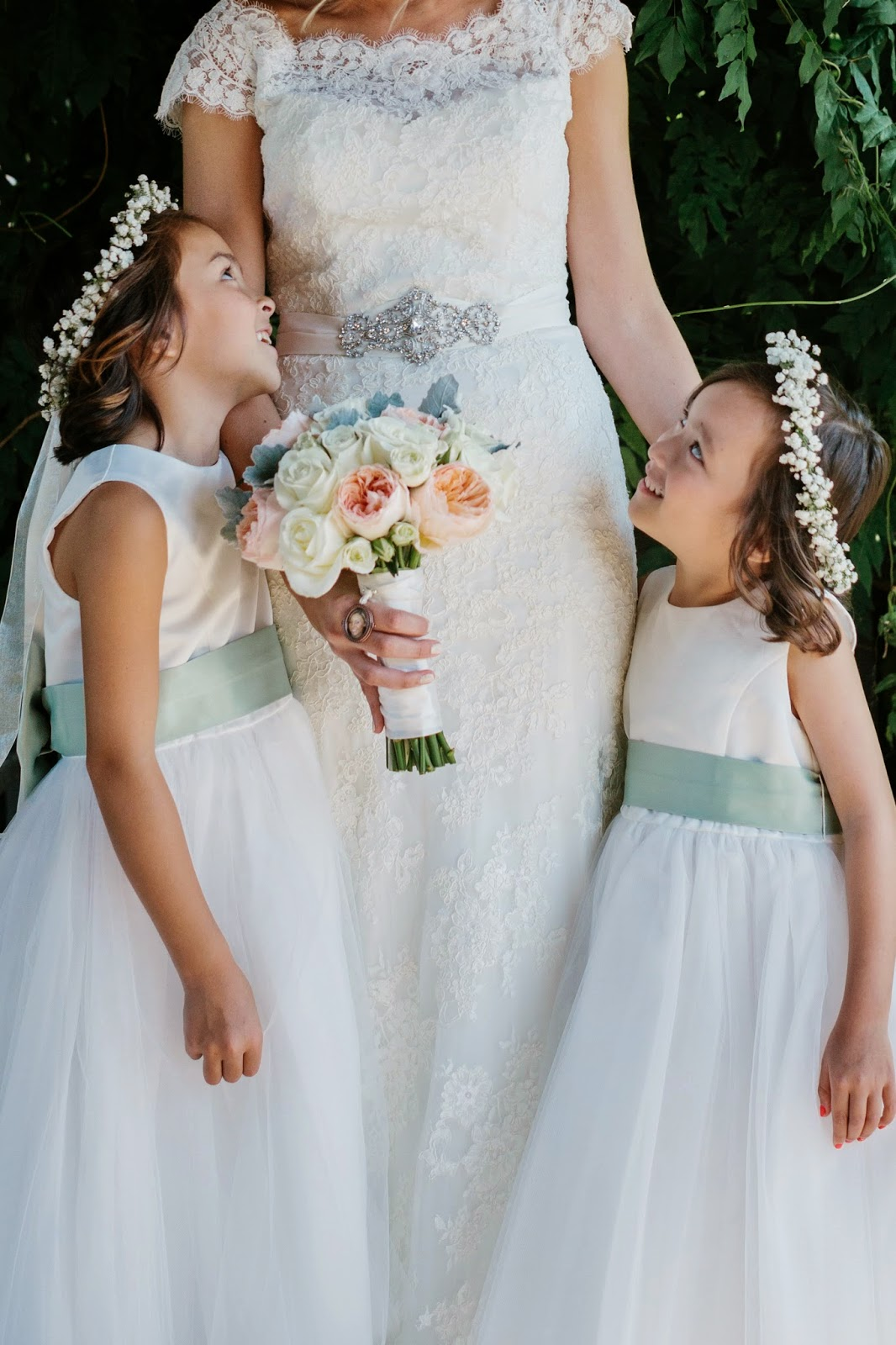 les fleurs : jess jolin photography : summer wedding, red lion inn : ivory, mint, sea foam  & peach