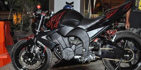 modifikasi motor byson warna hitam terpopuler