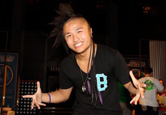 My All Time Favorite ABDC Contender Instead Of Omarion Would Have Been Better If It Was Hok Hes Nice To Look At And Has A Pretty Accent Sigh