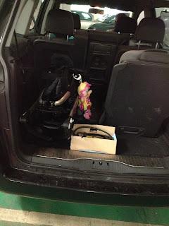 maxi-cosi loola in car boot